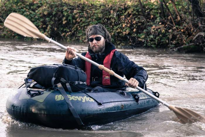 Raft Training on The Medway River